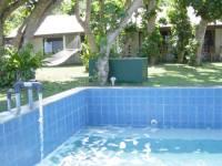 villa_pool_2